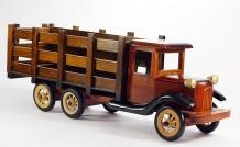 Деревянный грузовик 651